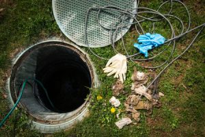 septic tank smells in your yard